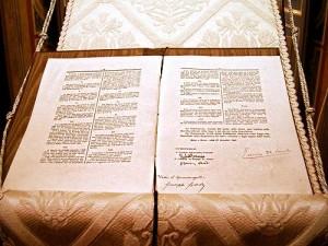Costituzione-italiana-testo-originale-in-teca