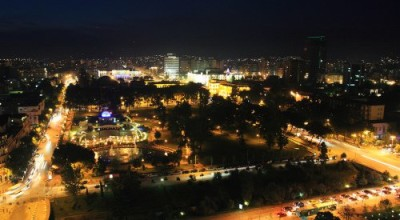500x333xTirana_by_Night-500x333_jpg_pagespeed_ic_TZrjaVarkT