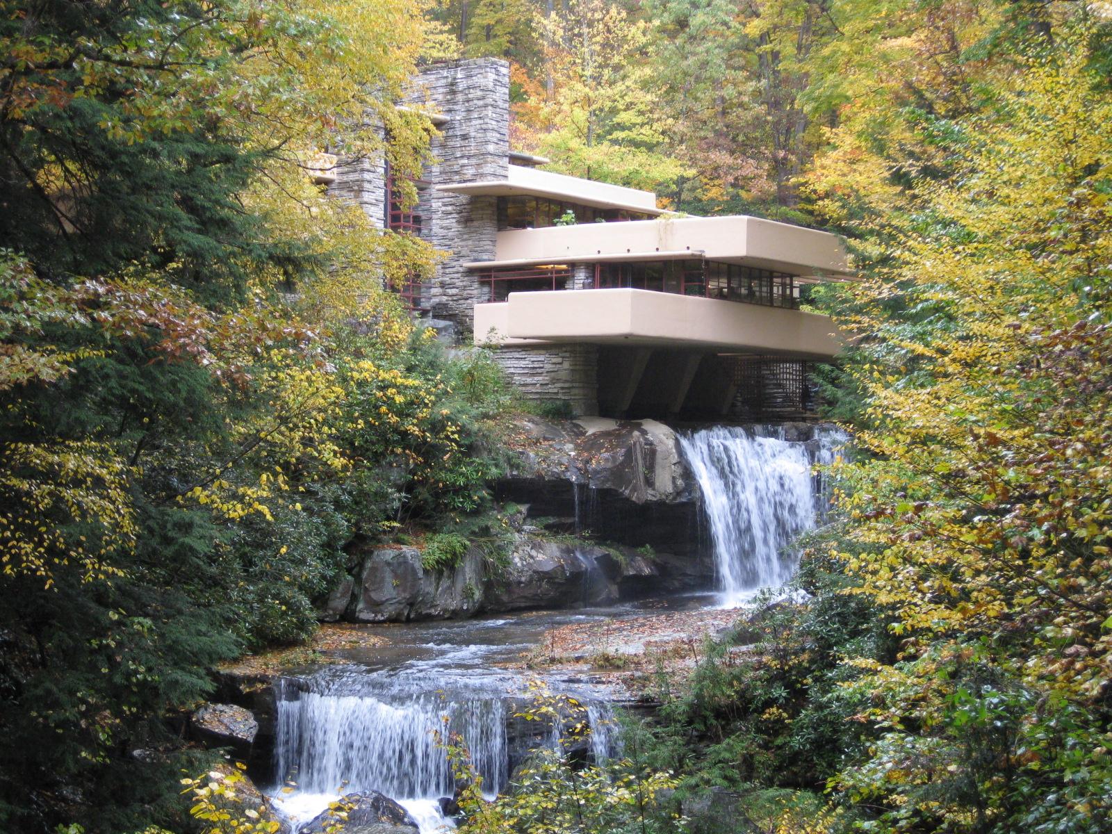 Apre a catania la 22esima edizione di saem tra for Wright la casa sulla cascata