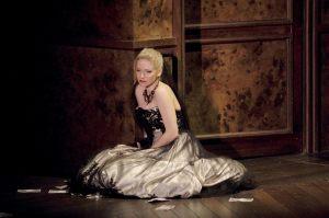 Mihaela.traviata2