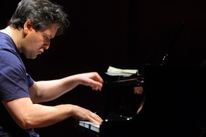 Antonio Pappano al pianoforte (2)
