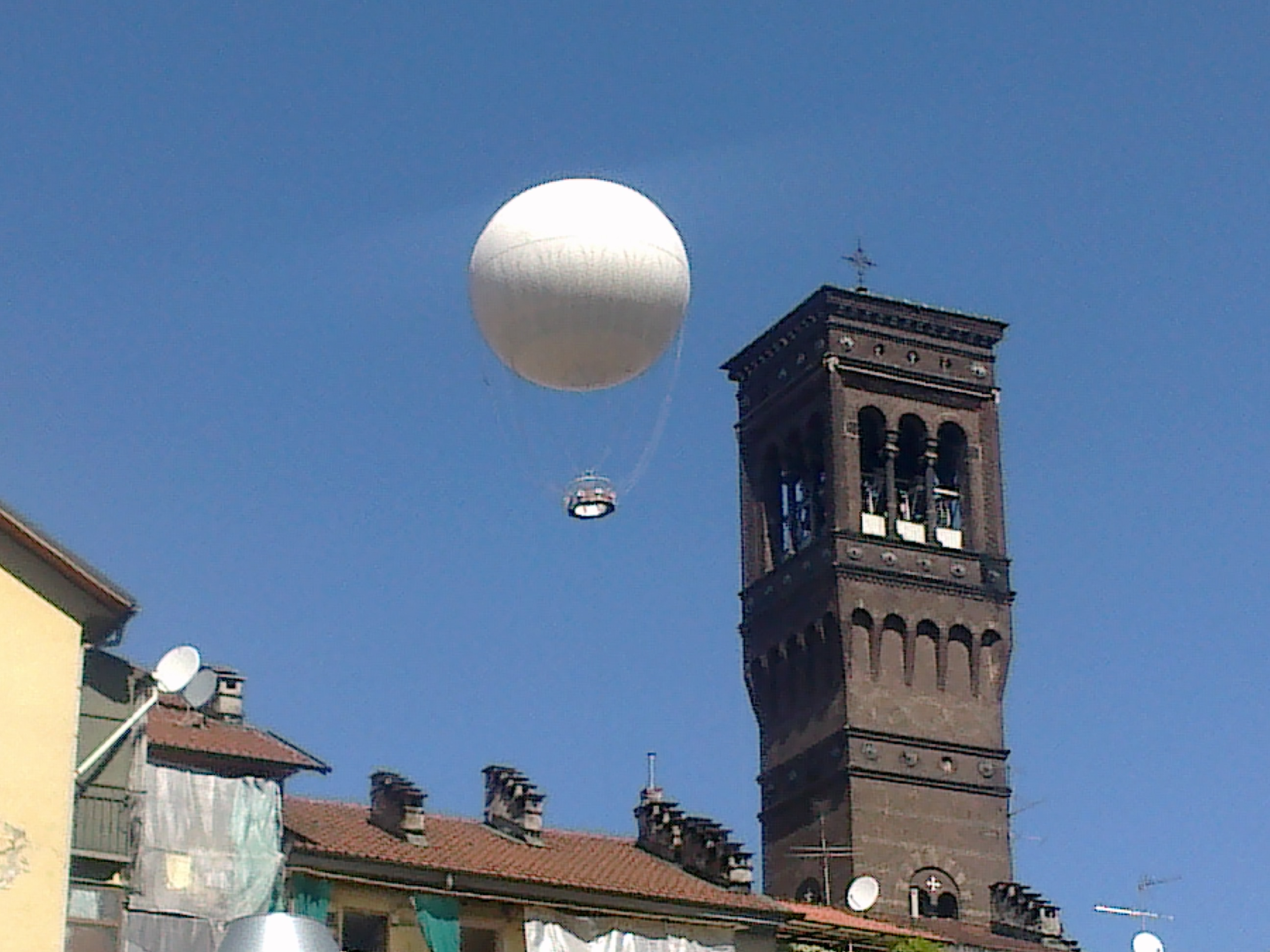 Il balon e borgo dora per la settima edizione di for Balon torino