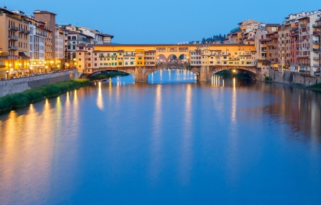 Italy_Florence_PonteVecchio-624x416