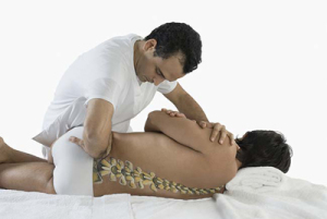 cosa-fa-il-medico-osteopata-fisioterapista-e-gli-sbocchi-lavorativi