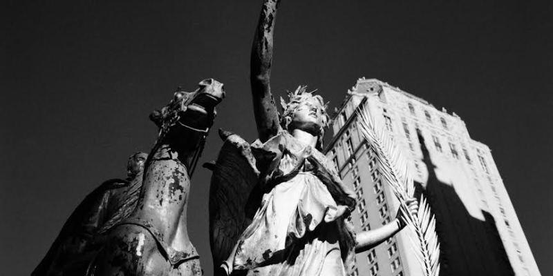 """Imagine"""" di Emanuela Gardner, a Roma le statue prendono vita nella ..."""