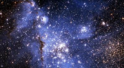 http://www.1freewallpapers.com/bright-shiny-stars/it