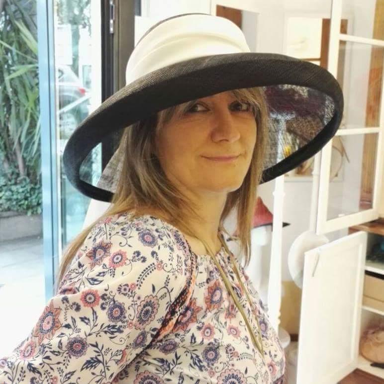 Sara Magnoli… una scrivana patologica, una donna super