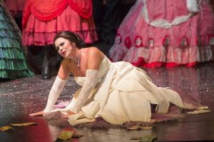 mariateresa-leva-traviata